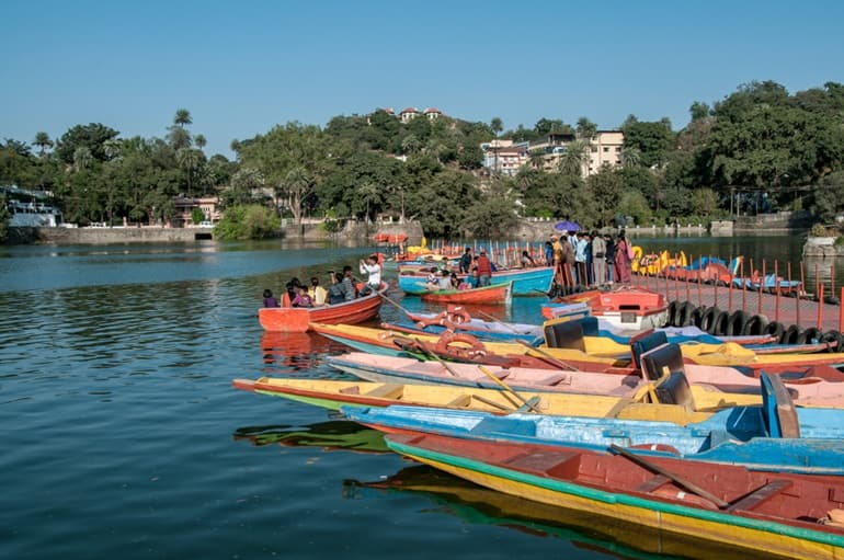 Mount Abu Ki Famous Tourist Spot Nakki Lake In Hindi