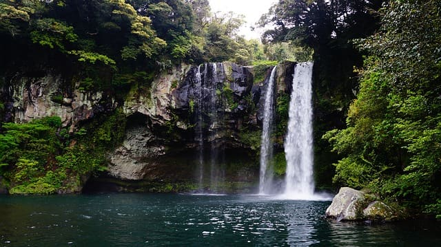 मोसी फॉल मसूरी दर्शनीय स्थल - Mossy Falls Places To Visit In Mussoorie In Hindi