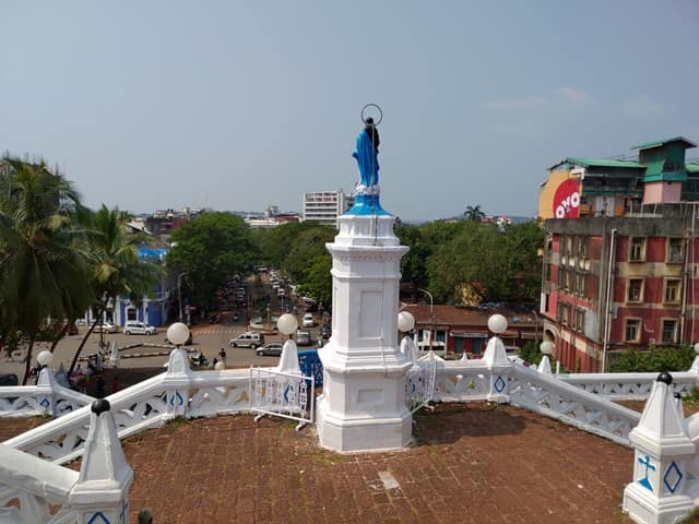 बाहरी संरचना - Outer Architecture Of Our Lady Of Immaculate Conception Church In Hindi