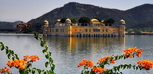 जल महल की वास्तुकला - Architecture Of Jal Mahal Or Water Palace In Hindi