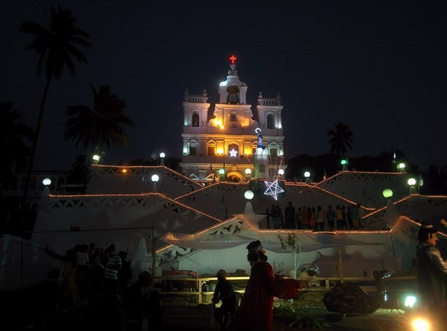 आंतरिक संरचना - Inner Architecture Of Our Lady Of Immaculate Conception Church In Hindi