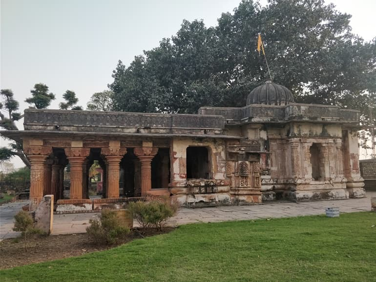 Best Time To Visit Chandrabhaga Temple In Hindi
