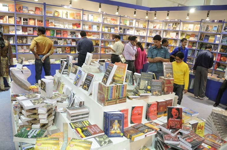 Calcutta Book Fair In Hindi