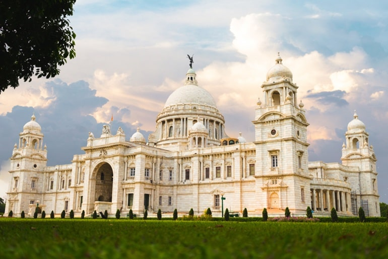 Kolkata Ke Pramukh Darshaniya Sthal Victoria Memorial In Hindi
