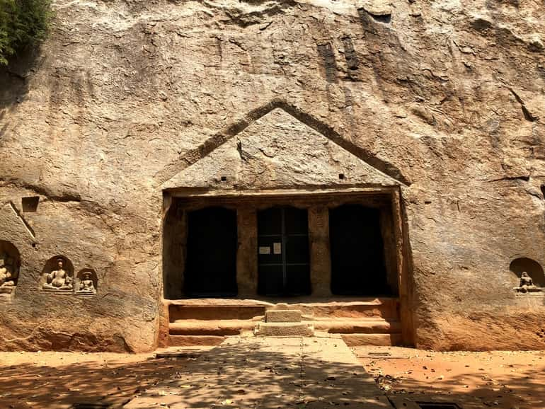 त्रिची गुफाएँ  मदुरई – Trichi Caves, Madurai In Hindi