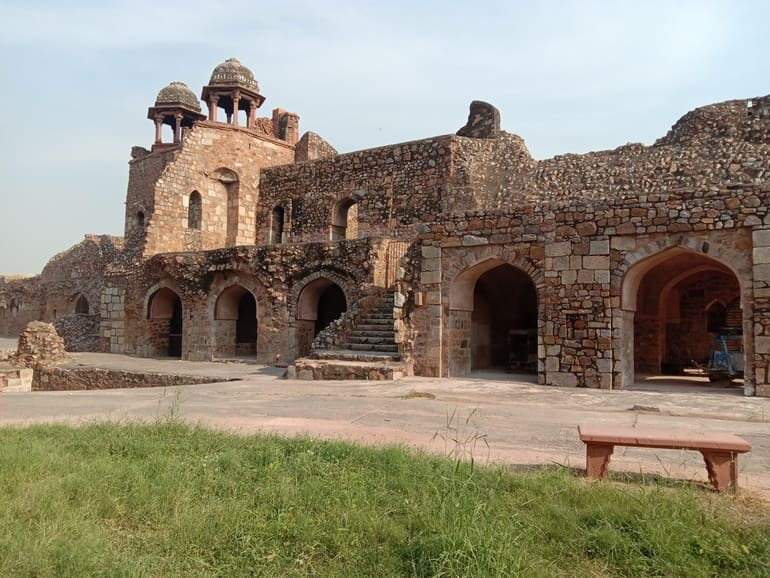 पुराना किला –  Purana Quila Or Old Fort in Hindi
