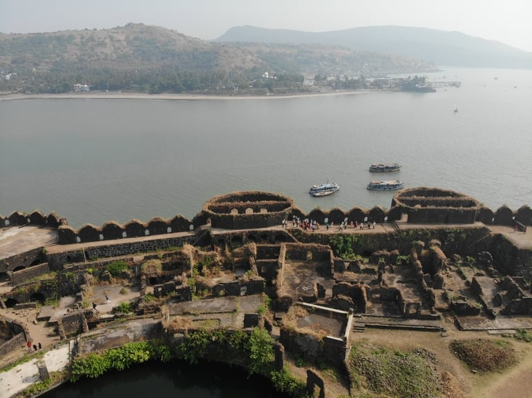 मुरुद-जंजीरा किला अलीबाग - Murud Janjira Fort Alibaug in Hindi