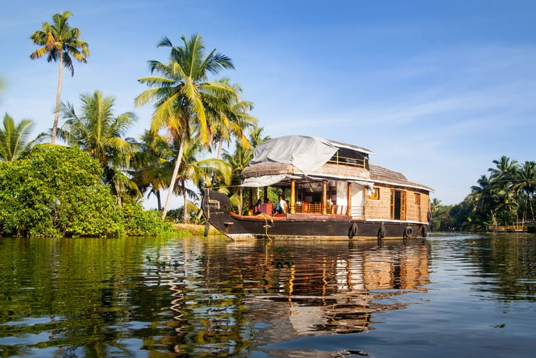 कुमारकोम बैकवाटर्स – Kumarakom Backwaters in Hindi